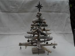 Driftwood Christmas Trees decorated driftwood christmas tree 26