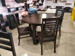 GOL! Round Dining Table With 4 Chairs