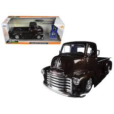 100 Chevy Toy Trucks Jada 98021 1 By 24 Scale Diecast 1952 Chevrolet COE Pickup Truck