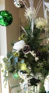 Thomas Kinkade Christmas Tree Teleflora by 17 Best Christmas Flowers Images On Pinterest Christmas Flowers