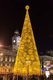 Nbc Christmas Tree Lighting 2014 by 7 Most Beautiful Christmas Trees Around The World Chadwicks Blog