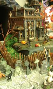 Lemax Halloween Village Displays by Best 25 Halloween Village Ideas On Pinterest Diy Halloween