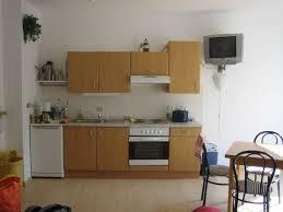 die küchenzeile im wohnzimmer apartments 43 strandalle 120