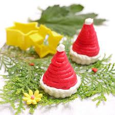 Christmas Tree Meringues by Christmas Crustabakes