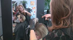 Beauty Salon Chairs Online by Not In The Mood To Chat Mpls Salon Offers U0027quiet Chairs U0027 Wcco