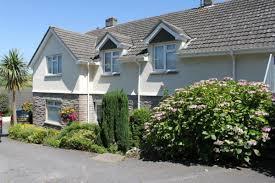 100 Rosanne House