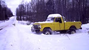 Mud Trucks In The Snow - YouTube