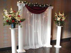 pictures of wedding columns decorated