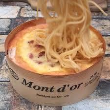 cuisiner le mont d or chefclub spaghetti mont d or des pâtes onctueuses