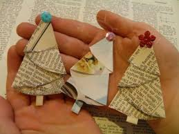 Christmas Tree Books Diy by Best 25 Paper Christmas Ornaments Ideas On Pinterest Paper