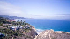 100 Seaside Home La Jolla Razor House