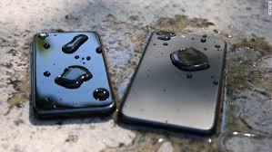 What to do with a wet iPhone 7 Sep 18 2016