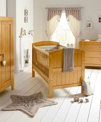 chambre bebe bois massif awesome chambre bebe en bois massif photos design trends 2017