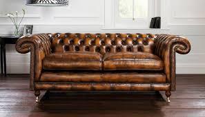 chesterfield canapé canapé de style chesterfield en cuir 2 places marron