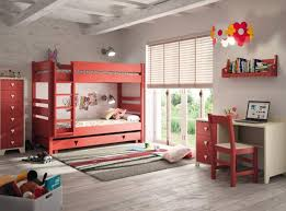 carrelage chambre à coucher ensemble de chambre à coucher classique en bois foncé parquet pin