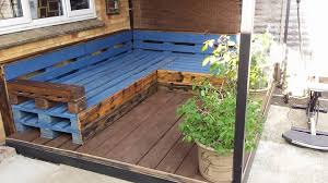 How To Make A Platform Bed Out Of Wood Pallets by Diy Easy To Install Pallet Platform Bed 101 Pallet Ideas