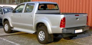 File:Toyota Hilux Double Cab 3.0 D-4D Rear.jpg - Wikimedia Commons Homemade Camper Shell Youtube Weathertech Roll Up Truck Bed Cover Installation Video 2015 Chevrolet Colorado Breaks In La Aoevolution Top Your Pickup With A Tonneau Gmc Life Heavyduty On Dodge Ram Dually A Red Flickr Alberta Spca Opens Invesgation After Photos Show Dogs Above Covers Diamondback 73 180 Amazoncom Extang 44720 Trifecta Automotive Bakkie Cover For Isuzu By Rigidek 33 X Series Alty Tops