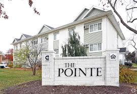 Can Shed Cedar Rapids Hours by The Pointe At Cedar Rapids Rentals Cedar Rapids Ia Apartments Com