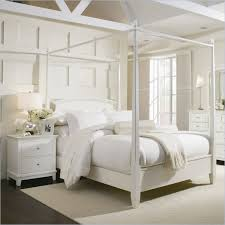 Mix And Chic Contemporary Gorgeous Four Poster Bed Inspirations