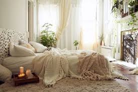 get the look bohemian romantic bedroom the decorista