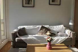 plaid pour recouvrir canapé comment relooker canapé pour moins de 50 euros c est ma déco