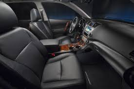 2013 Toyota Highlander Captains Chairs by Review 2013 Toyota Highlander Limited V6 Rideapart