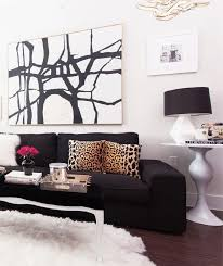 Red And Black Living Room Decorating Ideas by Best 25 Black Couches Ideas On Pinterest Black Couch Decor