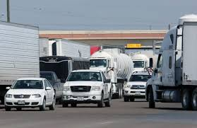 100 Crs Trucking Pharr Bridge Closes Temporarily Due To Disabled Truck The Monitor
