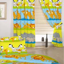 chambre enfant savane chambre enfant rideaux chambre bébé idée originale theme savane