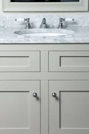 Small Double Sink Vanity Uk by Best 25 Bathroom Vanity Units Ideas On Pinterest Small Vanity