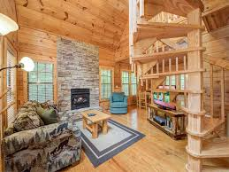 One Bedroom Cabins In Gatlinburg Tn by A Walk In The Clouds 1 Bedroom Pool Table Tub Pets Sleeps