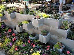24 Beautiful Outdoor DIY Succulent Planter With Cinder Block Ideas