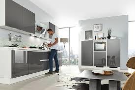 quarzgrau hochglanz küche grifflos grau hochglanz