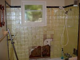 Tiling A Bathtub Surround by Re Tiling A Bathtub Surround Remodeling Diy Chatroom Home