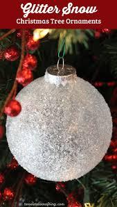 Best Christmas Tree Type by Best 20 Snowing Christmas Tree Ideas On Pinterest Christmas