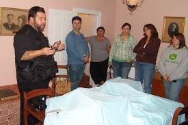 Halloween Attractions In Parkersburg Wv by Hunting For Real Ghosts Ghost Hunting Real Ghost Tours