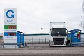 Gasum Turku LNG Volvo Truck 2018 - Gasum European Logistics Company Chooses Natural Gas Trucks Vos Voegt Lngtrucks Toe Aan Intertionale Vloot Logistiek Hd Powered By Lng In Poland Road Test Results News Gruenheide Germany 25th Apr 2017 A Truck Is Filled With Natural Vehicle Wikipedia Saltchuk Paccar Bring New Lngpowered To Seattle Area Fuel For Thought Ngvs What Is The Payback Time Greenville Oil Gas Co Ltd New Volvo Trucks Can Produce 20 100 Less Co2 Emissions Carmudi Alternative Fuel Sales Cng Hybrid Hot Sale China Transport Lpg Semi Truck Trailer From Filelngtruck Vor Reichstagjpg Wikimedia Commons