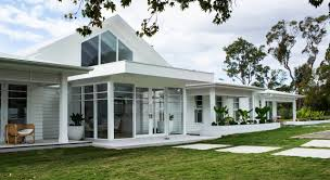 100 2 Storey House With Rooftop Design Hamptons Deep Dive The Hamptons Roof Scyon Wall Cladding