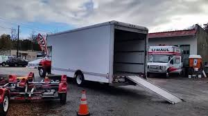1999 24ft GMC C5500 Truck For Sale Asheville, NC - Copenhaver ... 10ft Moving Truck Rental Uhaul Reviews Highway 19 Tire Uhaul 1999 24ft Gmc C5500 For Sale Asheville Nc Copenhaver Small Pickup Trucks For Used Lovely 89 Toyota 1 Ton U Haul Neighborhood Dealer 6126 W Franklin Rd Uhaul 24 Foot Intertional Diesel S Series 1654l Ups Drivers In Scare Residents On Alert Package Pillow Talk Howard Johnson Inn Has Convience Of Trucks Gmc Modest Autostrach Ubox Review Box Lies The Truth About Cars