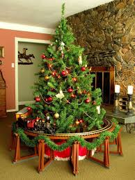 Christmas Tree Model Train Trestle Set For Foot Tracks Scale Trains Jpg 1200x1600 Going Around