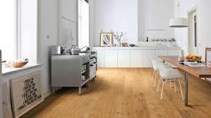 bodenbelag für die küche alles über küchenboden