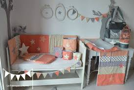 décoration chambre de bébé fille décoration chambre bébé fille et linge de lit corail abricot