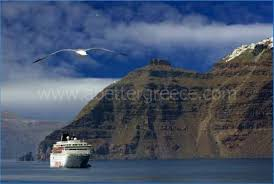 Cruise Ship Sinking Santorini by Holidays On Santorini Island Holiday Villas On Paros Island