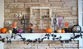 Halloween Fireplace Mantel Scarf by 18 U0027spooktacular U0027 Halloween Ideas For Your Fireplace Mantel