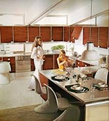 Its Hard To Imagine A Time When This Space Age Decor Wasnt Retro It Truly Looked Modern I For One Never Entered Home In The 1970s Which