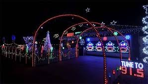 Christmas Tree Lane Modesto Ca by Where To See Christmas Lights In Modesto C A Reding Company