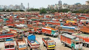 100 Truck Strike Ers Strike Gujarat Business Bodies To Meet Central Ministers
