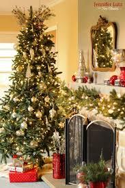 Jennifer Lutz For Tree Classics Christmas Housewalk