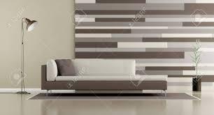 zeitgenössisches wohnzimmer mit sofa le und dekorativer platte auf wand wiedergabe 3d