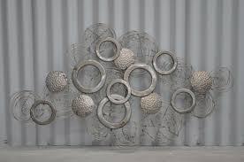 33 verblüffende ideen für wanddeko aus metall archzine net
